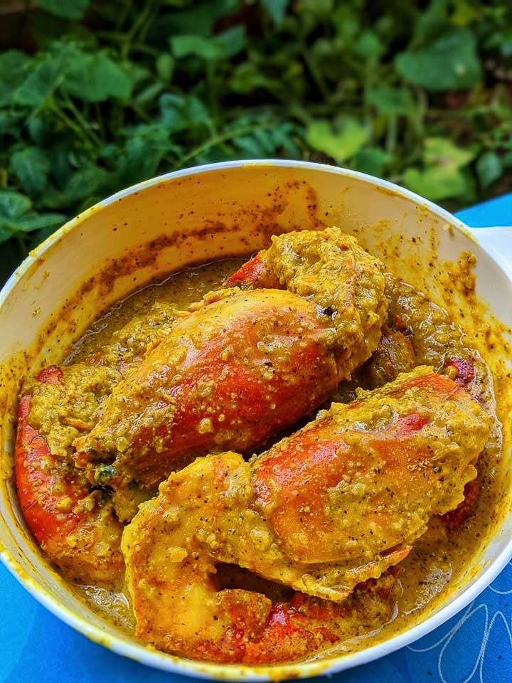 Narkel Chingri. Coconut Prawn Bengali style recipe. Bengali Prawn recipe. Steamed prawn with coconut. Indian fish curry. Bengali prawn curry with coconut. #prawn #prawnandcoconut #seafood #seafish #bengalifishcurry