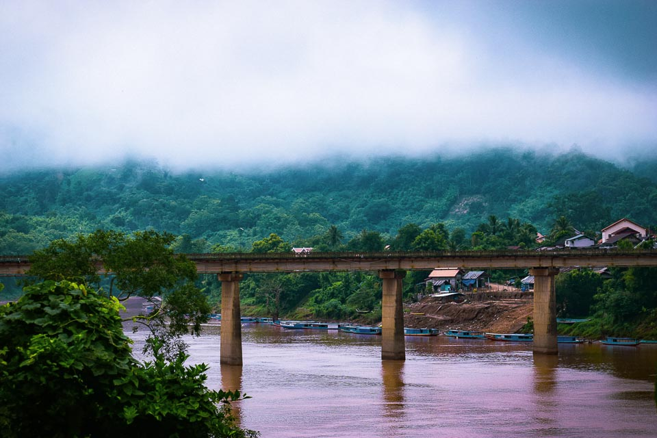 Bridge on Nam Ou river at Nong Khiaw
