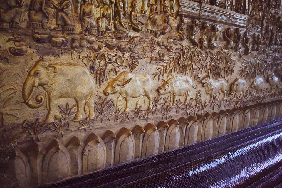 3 days in Luang Prabang, Laos: wall panels of old temples of Luang Prabang