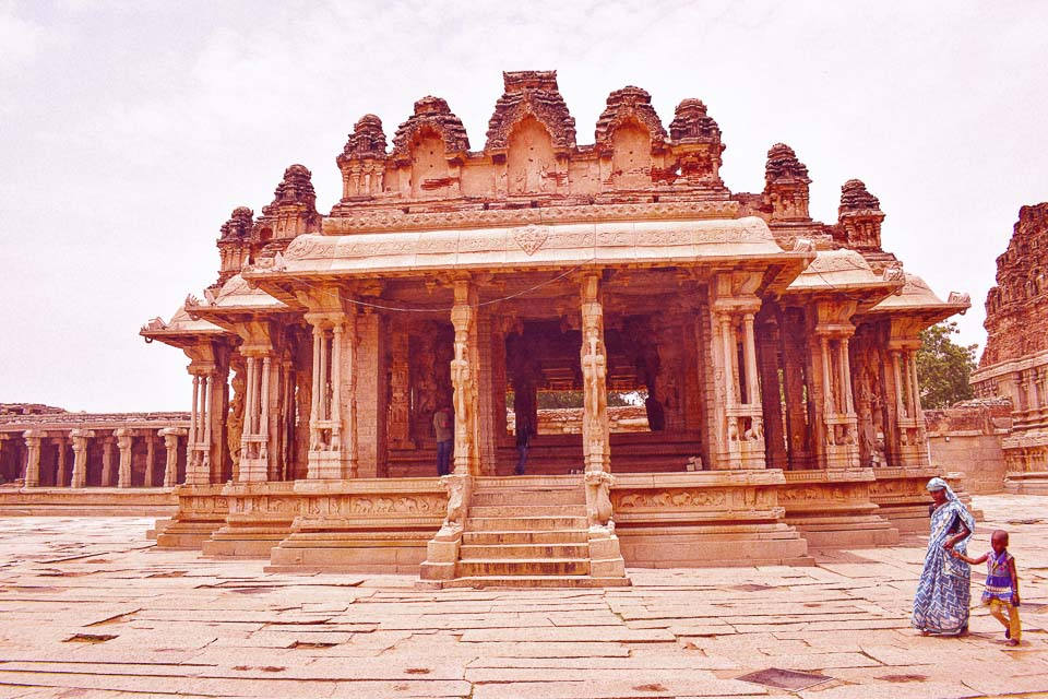 vittalaswami temple, ruined temples of Hampi where music is played at the pillars