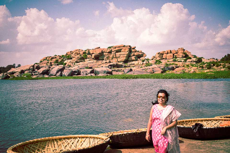 hampi photo blog: the coracle guide in Hampi