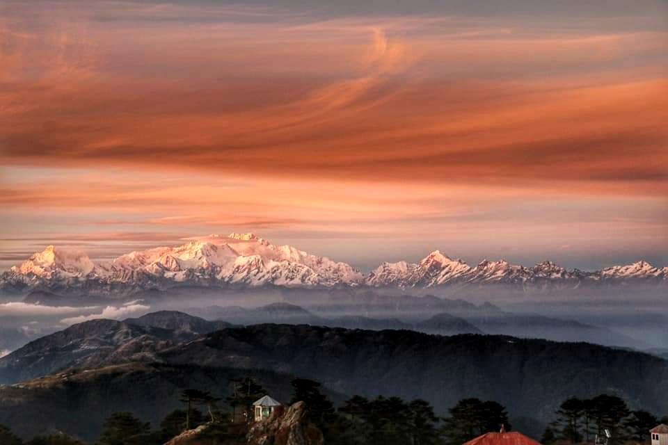 Tiger Hill Sunrise: kanchenjunga Sunrise Shot