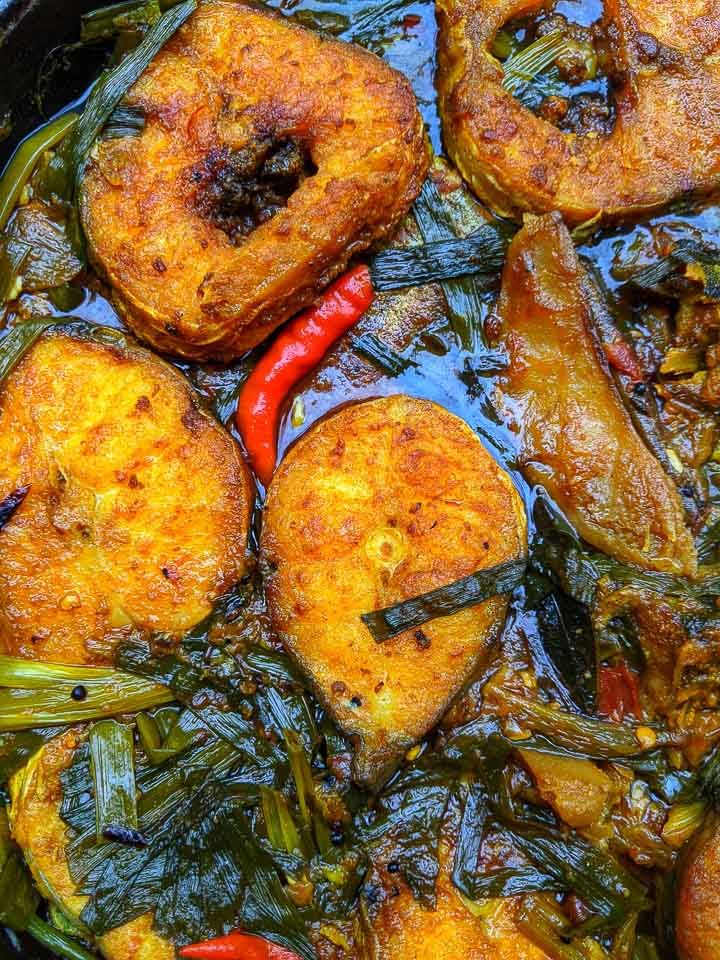 borali mas aru lai xaag Manipuri fish curry