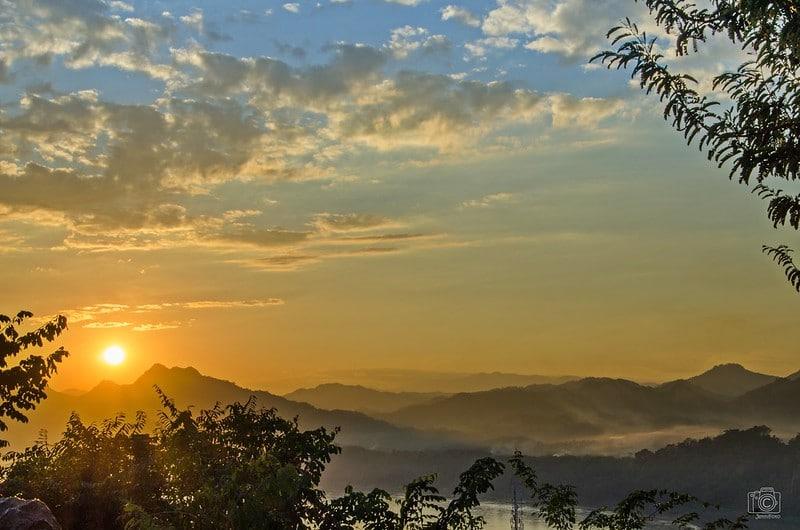 Mount-Phousi sunset