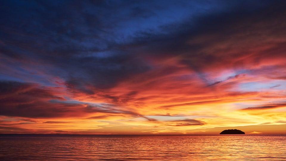 sunset at Kota Kinabalu, Malaysia: offbeat destinations in Malaysia