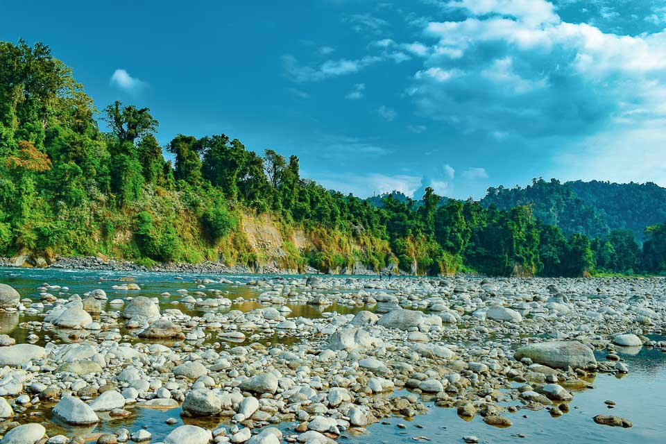 Jia Bharali: beautiful river on the way to Tawang!