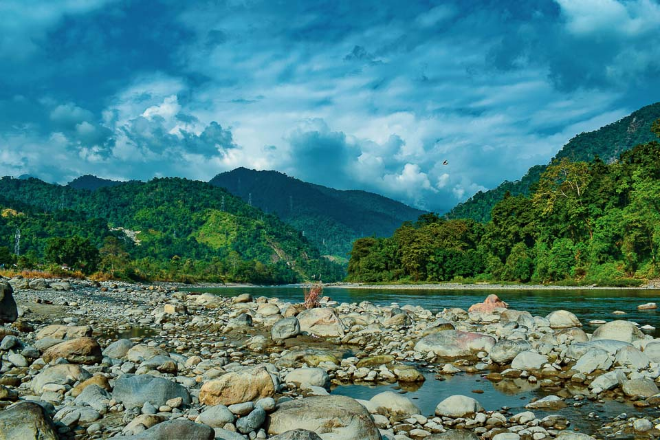 Jia Bharali: The Young Mountain Stream That Dances to the Tune of the Tawang roadtrip!