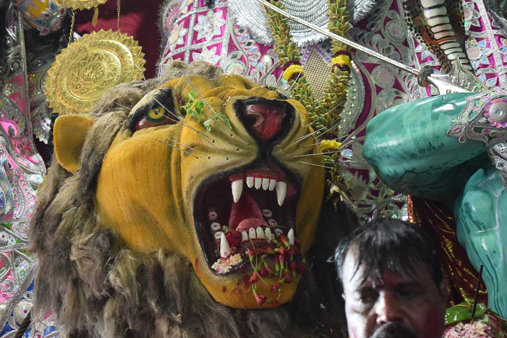 Kolkata durgapuja celebrations and safety norms